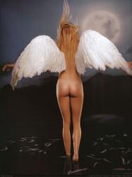 http://thumbnails74.imagebam.com/18595/433910185944487.jpg